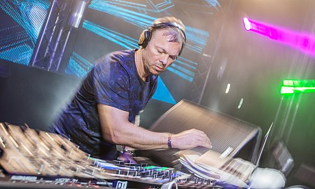 Zero Gravity: New Year's Eve with Pete Tong – pictures