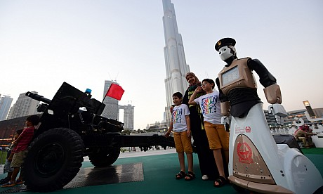 First images of the Dubai Police robot on patrol