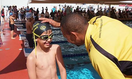 kids_swiming