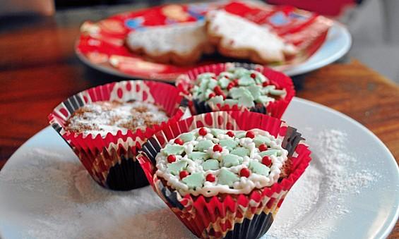 Christmas cupcakes  •...