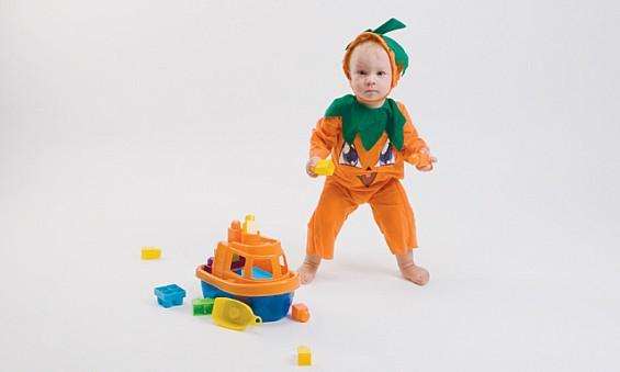 Smashing pumpkin: Sam (15...